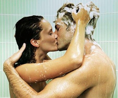 pareja ducha