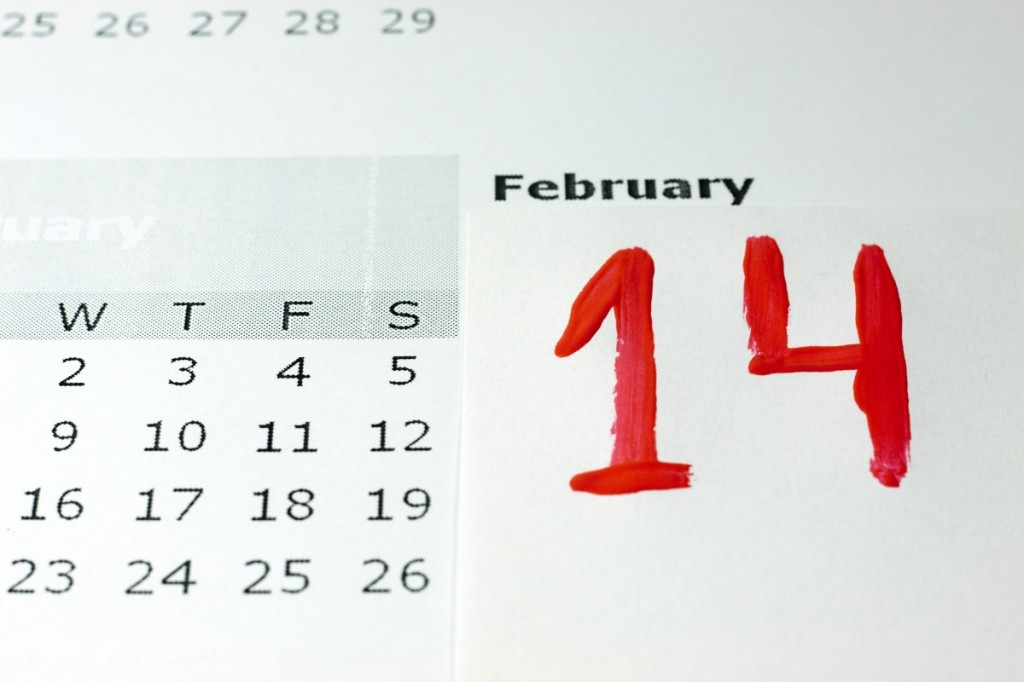 14 Febrero escrito de mano Rojo pintura calendario.